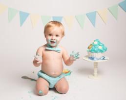 baby boys first birthday cake smash